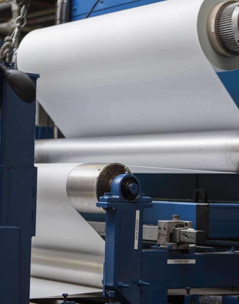 image of industrial manufacturing machine making mica high temperature insulation products