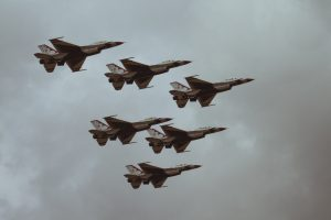 military jets in the sky for blog by Elmelin on high temperature insulation solutions in the military sector