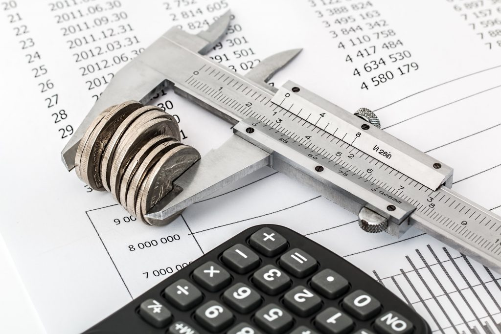 measuring money with calculator for blog by Elmelin on what costs qualify as R&D