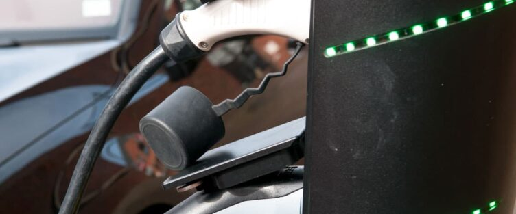 3 considerations for low-carbon vehicle technology